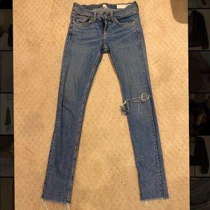 Rag & Bone skinny jeans - size 25